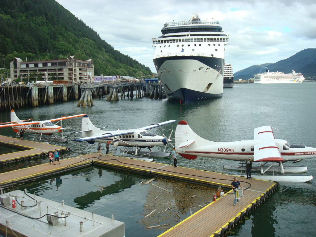 Juneau cruise ship and seaplanes